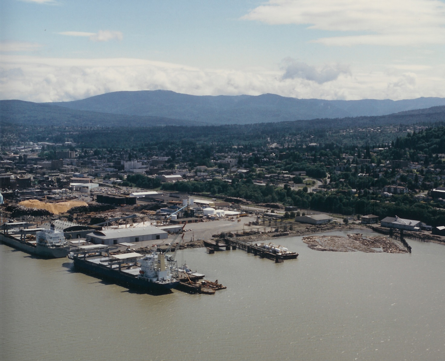 Aerial picture of cargo ships at the Bellingham Shipping Terminal